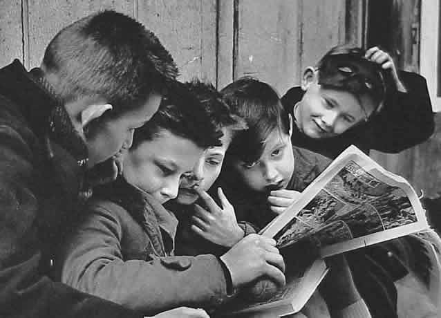 Criança que lê HQ junta, cresce junta!