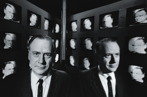 """Marshall McLuhan: """"O meio é a mensagem"""""""