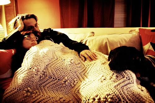 """Matt Fraction e a esposa Kelly Sue DeConnick: """"Hipsters de cabeça feita ardendo pela ancestral conexão celestial com o dínamo estrelado na maquinaria da noite"""" – Allen Ginsberg, Uivo. Antes de chamar alguém de hipster é melhor pesquisar a origem do termo, combinado?"""